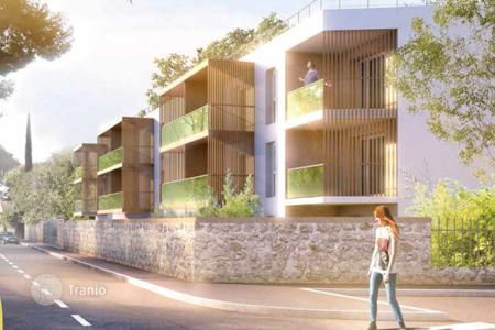Cheap residential for sale in Côte d'Azur (French Riviera). Apartment in a new residential complex in Toulon on the Cote d'-Azur