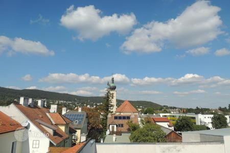 Apartments for sale in Lower Austria. The two-debdroom pethouse in a historic building after reconstruction in Baden