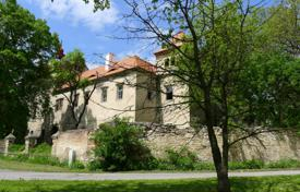 Chateaux for sale in Usti nad Labem Region. XIV century castle with a plot of land in the village of Encovany, Czech Republic