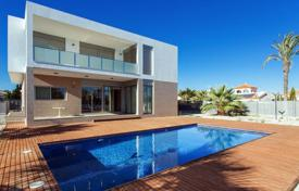 Luxury chalets for sale in Alicante. Chalet – Alicante, Valencia, Spain