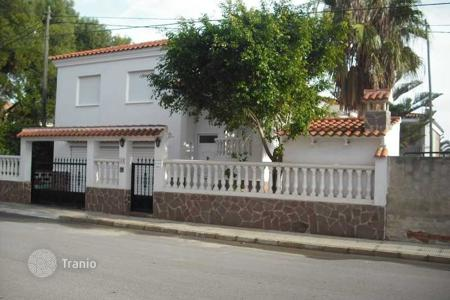 Foreclosed 4 bedroom houses for sale in Valencia. Villa - Xilxes, Valencia, Spain