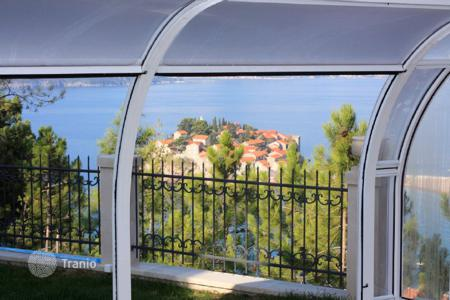 Coastal property for sale in Sveti Stefan. Villa – Sveti Stefan, Budva, Montenegro