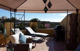 3 bedroom apartments for sale in Canary Islands. Apartment – Callao Salvaje, Canary Islands, Spain