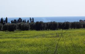 Building Plot of 12,000 sq. m., sea view for a villa of 120 square meters, or two to 72 square meters. for 105,000 €