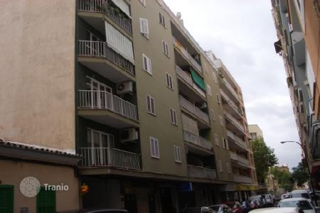 Foreclosed 4 bedroom apartments for sale in Balearic Islands. Apartment – Palma de Mallorca, Balearic Islands, Spain