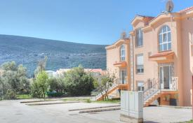 New apartment with a parking and a terrace, 200 meters from the sea, Djenovici, Montenegro for 80,000 €