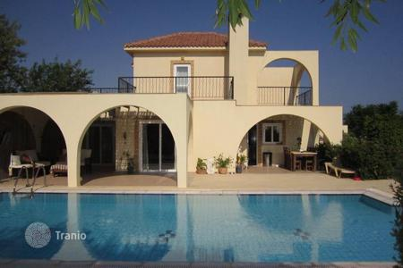 4 bedroom houses by the sea for sale in Kyrenia. Villa – Kyrenia, Cyprus