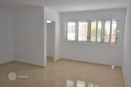 Cheap houses for sale in Canary Islands. Duplex in San Fernando
