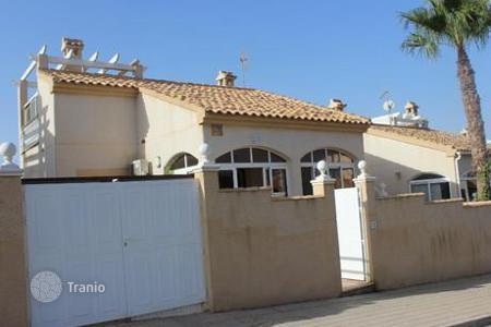 Bank repossessions property in Valencia. Villa – Orihuela Costa, Valencia, Spain