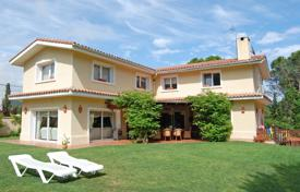 Luxury 4 bedroom houses for sale in Lloret de Mar. Two-storey villa with a pool, a garden and a summer veranda, near the sea, Lloret de Mar, Spain