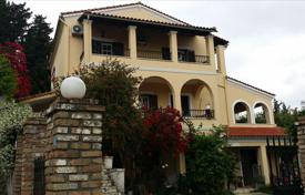 5 bedroom houses by the sea for sale in Corfu. Detached house – Corfu, Administration of the Peloponnese, Western Greece and the Ionian Islands, Greece