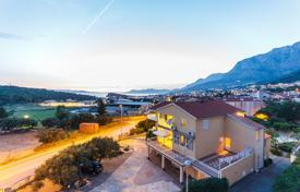 Apartments for sale in Split-Dalmatia County. Two bedroom apartment in Makarska