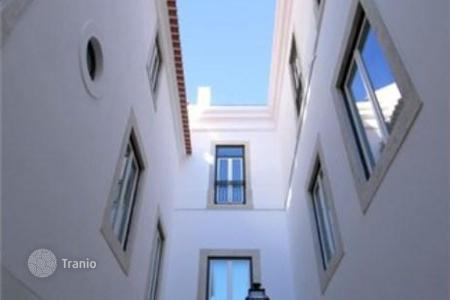 Luxury residential for sale in Lisbon (city). Apartment – Lisbon (city), Lisbon, Portugal