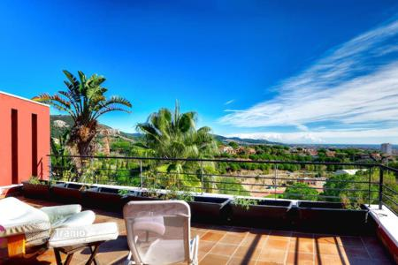 Residential for sale in Calella. Villa – Calella, Catalonia, Spain