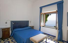 6 bedroom villas and houses to rent overseas. Villa – Amalfi, Campania, Italy