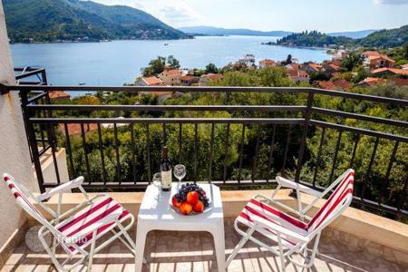 Commercial property for sale in Herceg-Novi. Hotel – Herceg Novi (city), Herceg-Novi, Montenegro