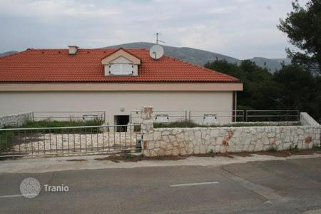 Coastal property for sale in Split-Dalmatia County. Apartment - Žedno, Split-Dalmatia County, Croatia