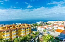 Duplex penthouse with terraces, a barbecue and a parking in a residential complex with a garden and pools, Playa de la Arena, Spain for 350,000 €