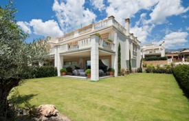 Luxury 4 bedroom houses for sale in Marbella. Magnificent Stylish Villa in Sierra Blanca del Mar, Golden Mile, Marbella