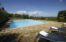 Villas and houses for rent with swimming pools in Italy. Villa – Tavarnelle Val di Pesa, Tuscany, Italy