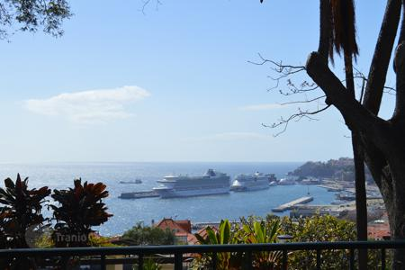 Apartments for sale in Madeira. Luxury residential boutique development setting a new standard in Funchal for sale now!