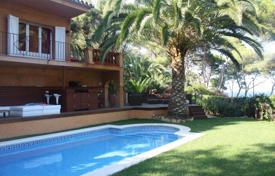 Unique villa with a pool, a garden and a gazebo, close to the beach, Lloret de Mar, Spain for 1,900,000 €