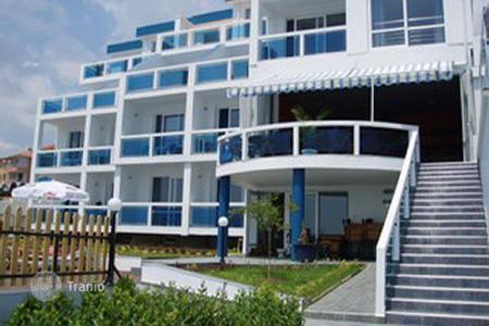 Cheap apartments with pools for sale in Burgas. Apartment - Sunny Beach, Burgas, Bulgaria