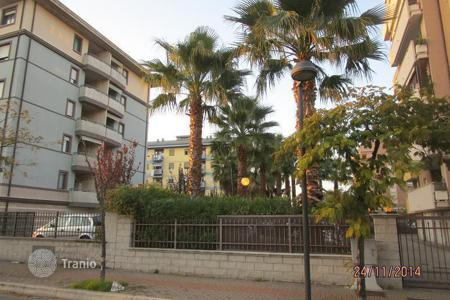 Apartments for sale in Montesilvano. Top floor apartment with terrace and sea view