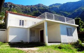 Coastal houses for sale in Risan. Detached house – Risan, Kotor, Montenegro