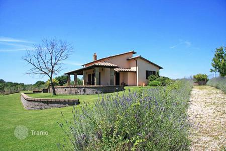 2 bedroom houses for sale in Pitigliano. FARMHOUSE FOR SALE IN PITIGLIANO, TUSCANY