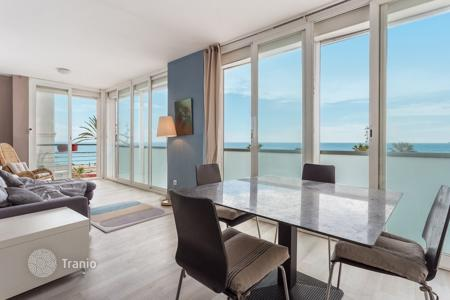 5 bedroom apartments for sale in Europe. The apartment near the sea front in Barcelona