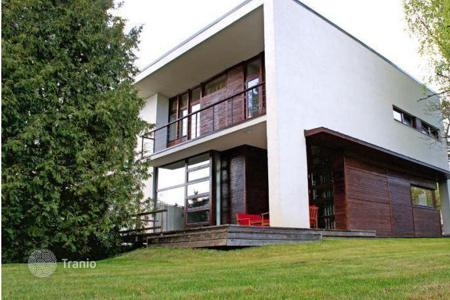 Property for sale in Jurmalas pilseta. House in a prestigious area of Jurmala