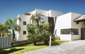 2 bedroom apartments for sale in Benahavis. Apartment – Benahavis, Andalusia, Spain