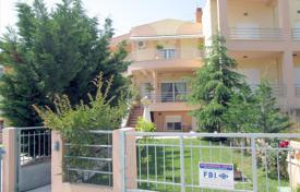 Coastal townhouses for sale in Greece. Terraced house – Nea Peramos, Kavala, Administration of Macedonia and Thrace, Greece