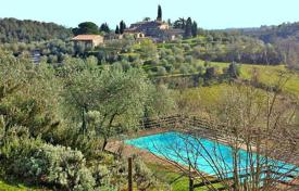 Luxury property for sale in Tuscany. Villa – Castelnuovo Berardenga, Tuscany, Italy