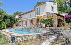 Provencal villa with terraces and a parking, in a quiet area, Le Cannet, France for 795,000 €