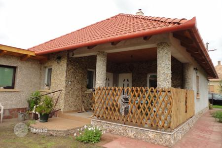 Residential for sale in Naszály. Detached house – Naszály, Komarom-Esztergom, Hungary