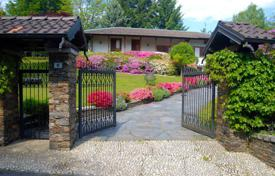 Property for sale in Gignese. Maggiore lake. Detached villa with a garden on the Hills above Stresa.