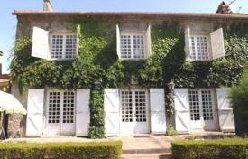 Property for sale in Hautes-Pyrénées. Spacious villa with a veranda, a terrace and a picturesque garden, in a quiet village, close to Tarbes, Hautes-Pyrénées, France