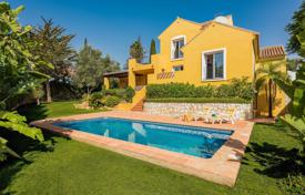Beautiful villa with a private garden, a swimming pool, a parking, terraces and sea views, Mijas, Spain for 575,000 €