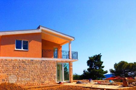 Houses with pools by the sea for sale in Bar. Townhome - Bar (city), Bar, Montenegro