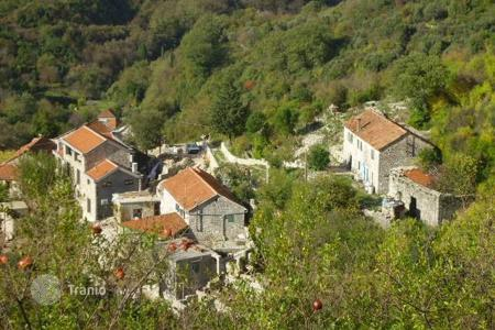 Residential for sale in Bijela. Stone houses under restoration, Bijela, Herceg Novi