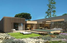Townhouses for sale in Setubal. Villa on the Atlantic coast in Troia, Portugal