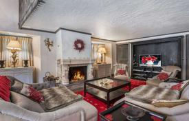 Luxury property for sale in Val d'Isere. Ancient chalet, Val d'Isère, Savoie, France