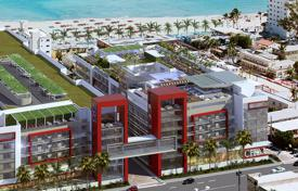 Foreclosed apartments with pools for sale overseas. New home – Hollywood, Florida, USA