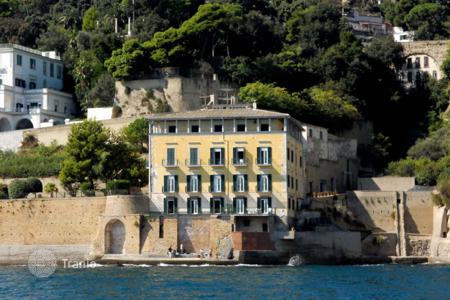 Apartments for sale in Naples. Apartment – Naples, Campania, Italy