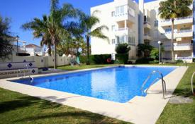 1 bedroom apartments for sale in Costa del Sol. BEACHSIDE APARTMENT, LAS CHAPAS PLAYA, MARBELLA