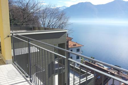 Cheap apartments for sale in Lombardy. Apartment n 5 in new Residence with pool in Sala Comacina