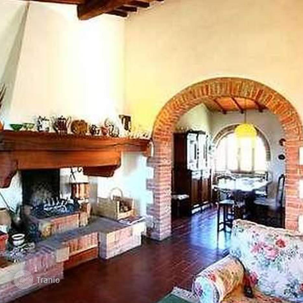 Listing #1097724 in Trequanda, Tuscany, Italy — Villa overseas ...