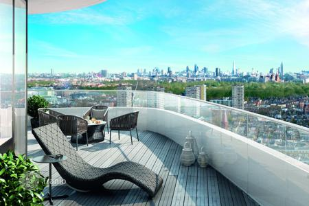 Apartments for sale in London. New apartments in London, Great Britain. Stylish residential complex with a gym, in the second district, on the bank of the Thames